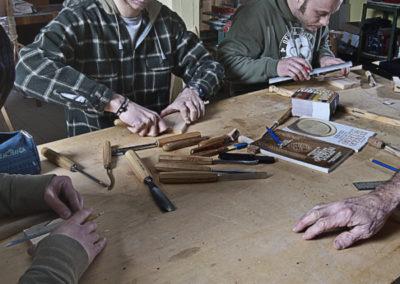 Corso di intaglio con sgorbie e scalpelli