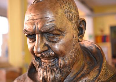 Statua in Bronzo di Padre Pio